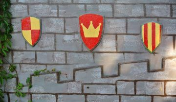 DIY Coats of Arms Inspiration for Kids Castle