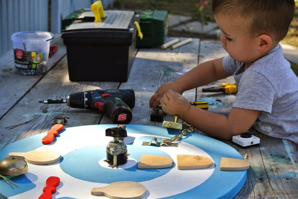 """忙板 ビジーボード """"幼児学習ボード 幼児ビジーボード 赤ちゃんの細かい運動能力を練習するための多機能教育玩具、それにより、赤ちゃんはより良い手と目の調整を行うことができます """" 바쁜 보드"""