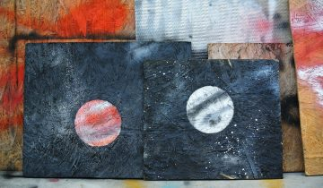Spraypaint Art: How to Draw a Planet for Kids Room Decor