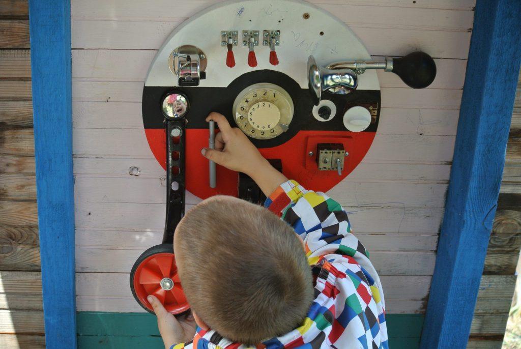 ビジーボード 手工制作木制玩具BUSY板儿童感觉玩具精细运动自然学习. 바쁜 보드.