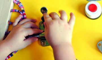 Web Round-up: Using Busy Board for Autism Disorders and Some Disabilities